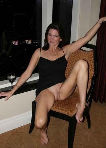 Horny long legged tattooed babe cums fucking big mature cock 3